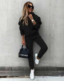 Спортен дамски комплект долнище и суичър с качулка в черно - код 0847