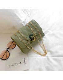 Дамска чанта в зелено с капак от капитонирана еко кожа - код B29/7751