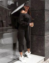 Спортен дамски екип долнище и блуза с дълъг ръкав и голо рамо в черно - код 2942 - лице