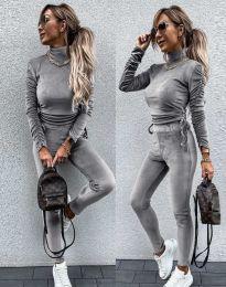Дамски комплект блуза с поло яка и втален панталон кадифе в сиво - код 4871