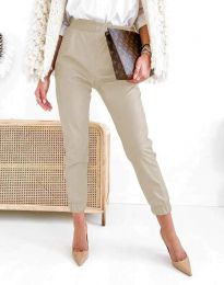 Дамски свободен кожен панталон с ластик в бежово - код 5361