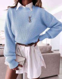 Дамски свободен пуловер в светлосиньо - код 4180