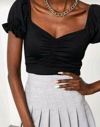 Къса елегантна дамска тениска в черно - код 0594